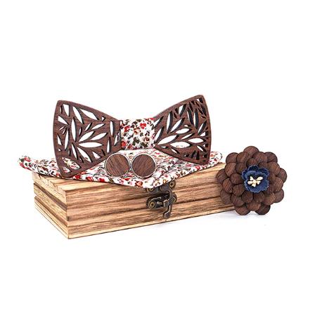 Wooden Cufflinks with Butterfly Rožanice