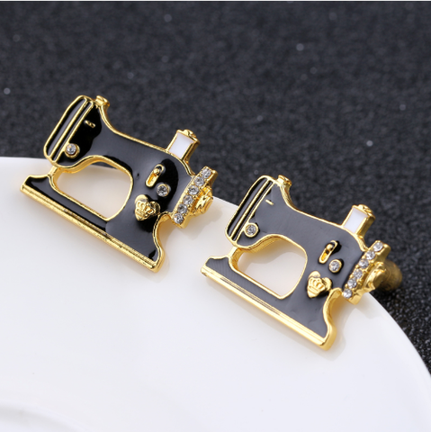 Cufflinks sewing machine - 3